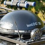 360° Peilantennen-Array IsoLOG 3D in schwarz auf Geländewagen