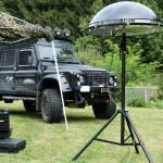360° Peilantennen-Array IsoLOG 3D in schwarz auf Stativ